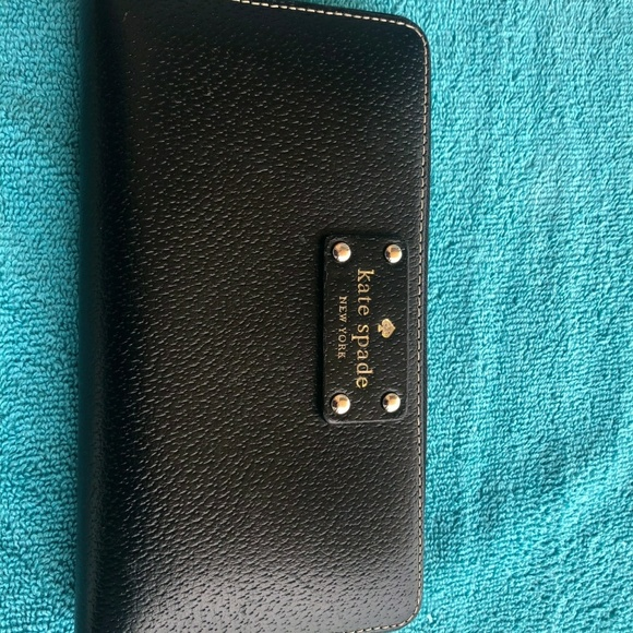 kate spade Accessories - Wallet
